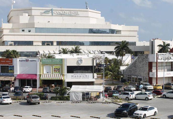 Así como Cancún, la Riviera Maya podría tener su Centro de Covenciones. (Jesús Tijerina/SIPSE)