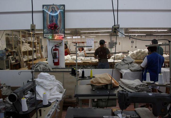Seis de cada 10 yucatecos mayores de 14 años están en edad productiva. (Milenio)