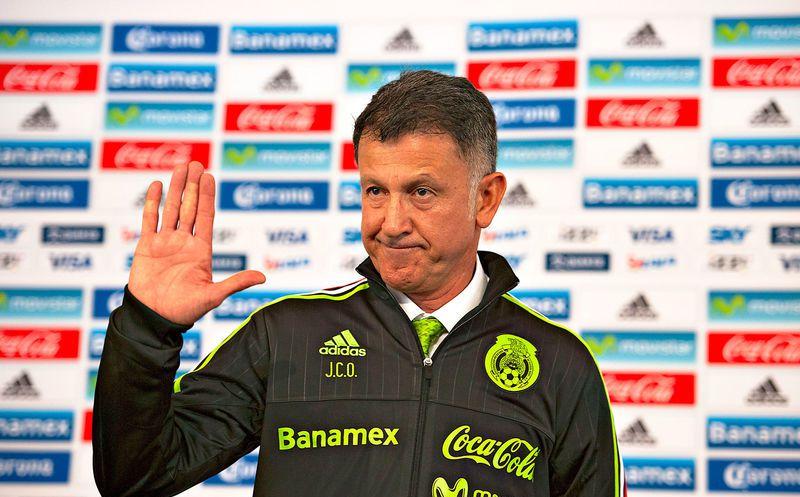 Juan Carlos Osorio hace oídos sordos en el Tri