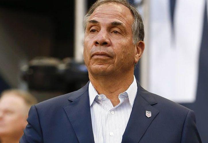 Bruce Arena anunció su renuncia a la selección de EU tras no conseguir el objetivo. (Getty Images).
