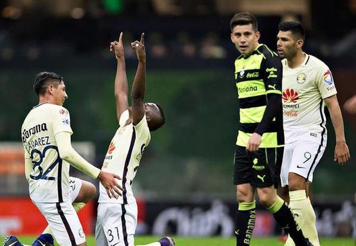Darwin Quintero hizo un golazo para ayudar a América a ganar 3-2 a Santos en Copa MX. (Foto: @ClubAmerica)