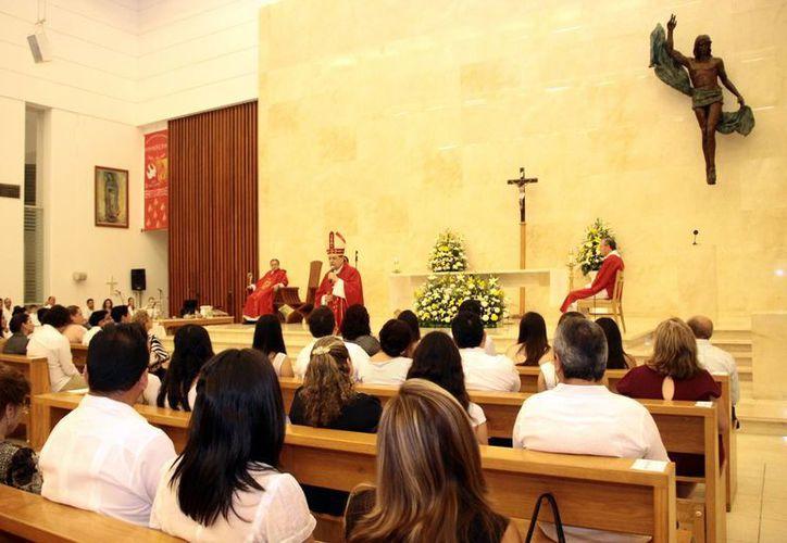 Confesión y Eucaristía son fundamentales para recibir gracias. (Milenio Novedades)