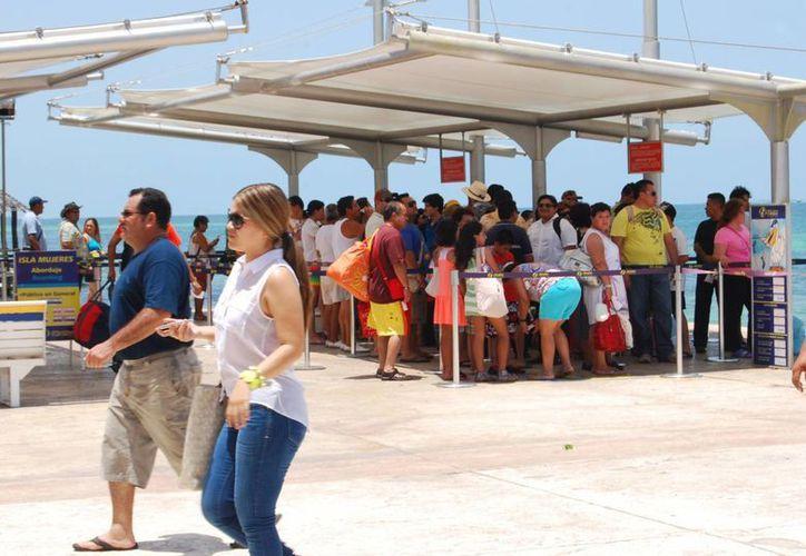 Se registran una ocupación del 96%, gracias  al trabajo realizado por la empresas del centro y al apoyo de la Oficina de Visitantes y Convenciones. (Israel Leal/SIPSE)