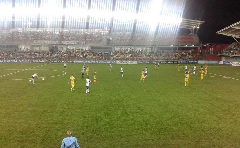 Justin Arboleda se encargó de anotar el único gol del encuentro disputado en el estadio Maracaná. (Foto: Chorrillo FC/Twitter)