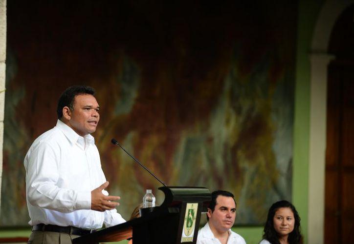 Rolando Zapata reconoció logros del presidente Felipe Calderón. (Cortesía)