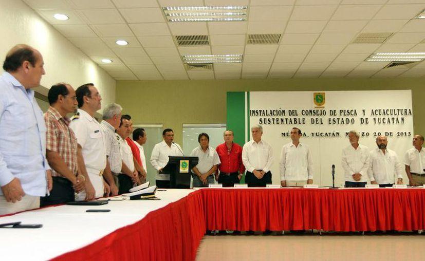 Zapata Bello presidió la instalación del Consejo Estatal de Pesca y Acuacultura Sustentable. (SIPSE)