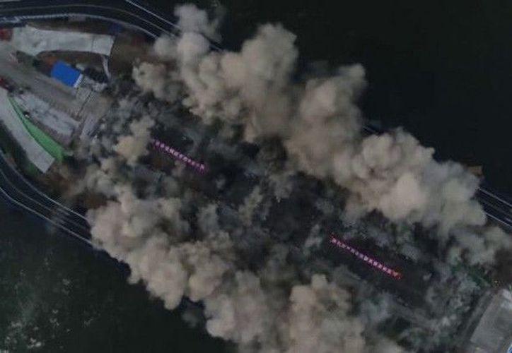 Las autoridades planean reemplazarlo por un nuevo puente que estará diseñado para durar al menos un siglo. (Foto: Captura de Pantalla/YouTube)