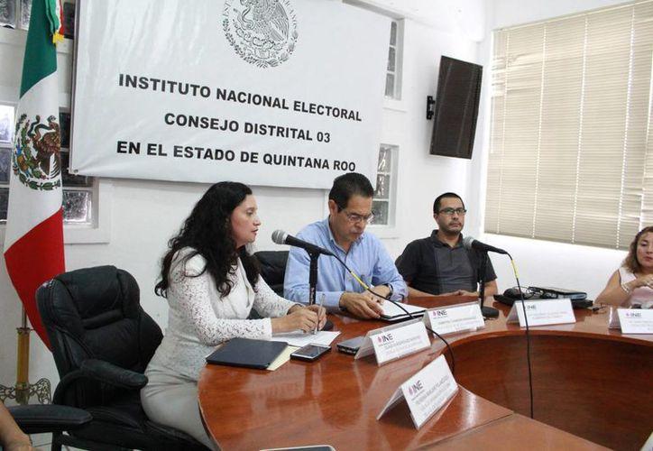 Se han impartido talleres con los representantes de la Comisión Local de Vigilancia. (Luis Soto/SIPSE)