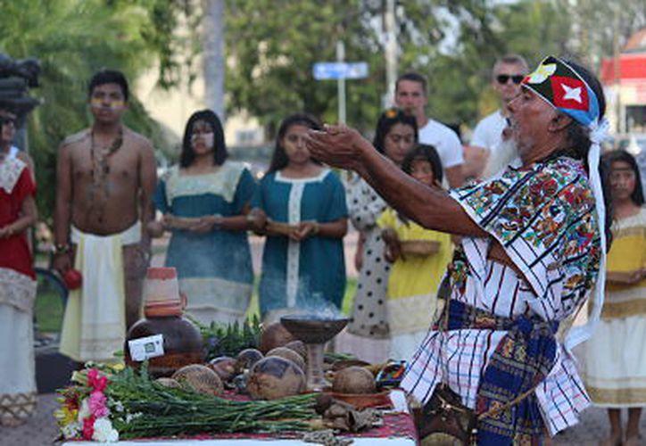 Esta celebración es para conmemorar el Día Internacional de los Pueblos Indígenas. (SIPSE)