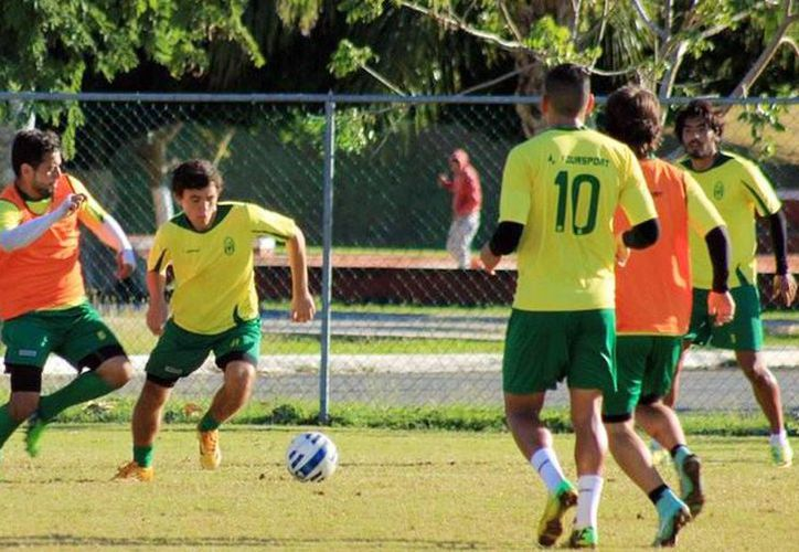 Imágenes de la tercera semana de trabajos de Venados de Mérida, rumbo al Torneo Clausura 2015 del Ascenso MX. (Facebook CF Mérida Oficial)