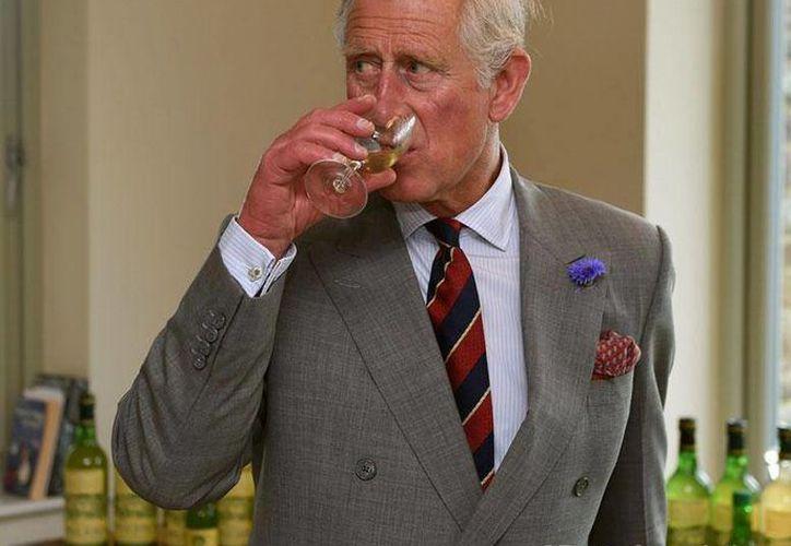 Aseguran que el príncipe Carlos ha escrito cartas a ministros para expresar su opinión sobre las políticas del país. (Facebook/The British Monarchy)