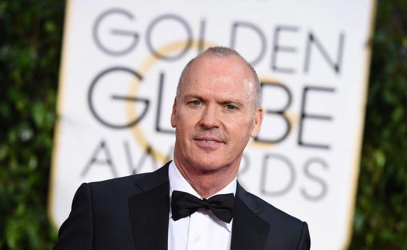 Michael Keaton se llevó el Globo de Oro a Mejor Actor por su participación en la película Birdman. (AP)