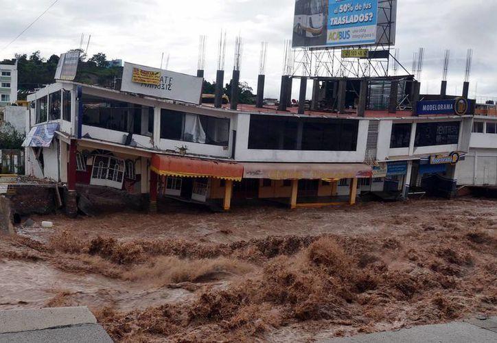 Guerrero se encuentra en zona de emergencia debido al paso de 'Manuel'. (Notimex)