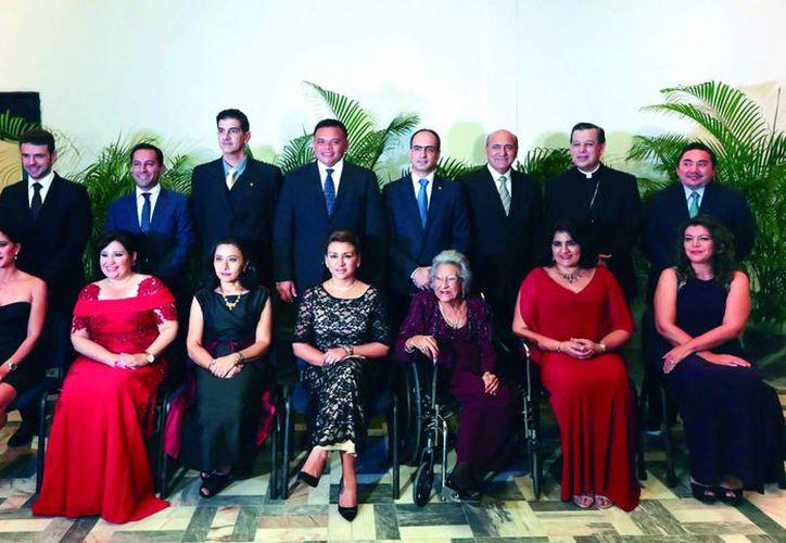 La comunidad fue reconocida por su trayectoria, aportaciones y méritos en los ámbitos social, cultural y económico en favor de Yucatán.(Milenio Novedades)