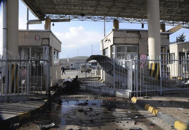 La violencia por el conflicto Sirio se ha recrudecido en los últimos días, en la gráfica un ataque en la frontera sur de ese país. (EFE)