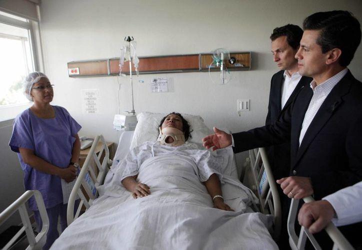 El Presidente visitó a los afectados días después del incidente. (Archivo/Notimex)