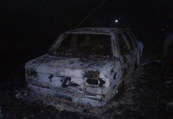 El hallazgo del vehículo y los restos humanos se generó alrededor de las 20:30 horas. (Milenio)