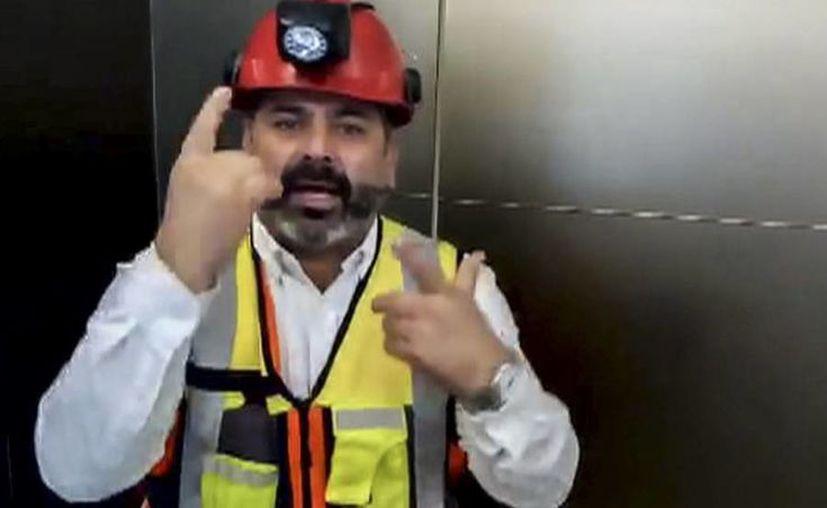 Minero chileno buscará recursos públicos o privados para viajar a Tailandia y sumarse a los apoyos de rescate. (Foto: El País)