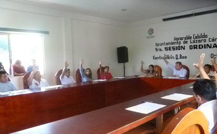Primera sesión ordinaria en el municipio Lázaro Cárdenas. (Raúl Balam/SIPSE)