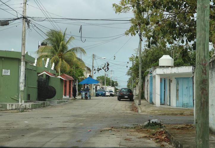 En una de las calles de la Región 94 se registraron los hechos. (Miguel Ángel Ortiz/SIPSE)