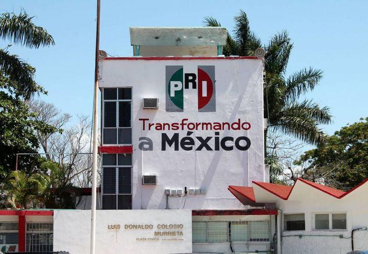 Los casos afectan la imagen del PRI, aseguró Pedro Flota Alcocer. (Archivo/SIPSE)