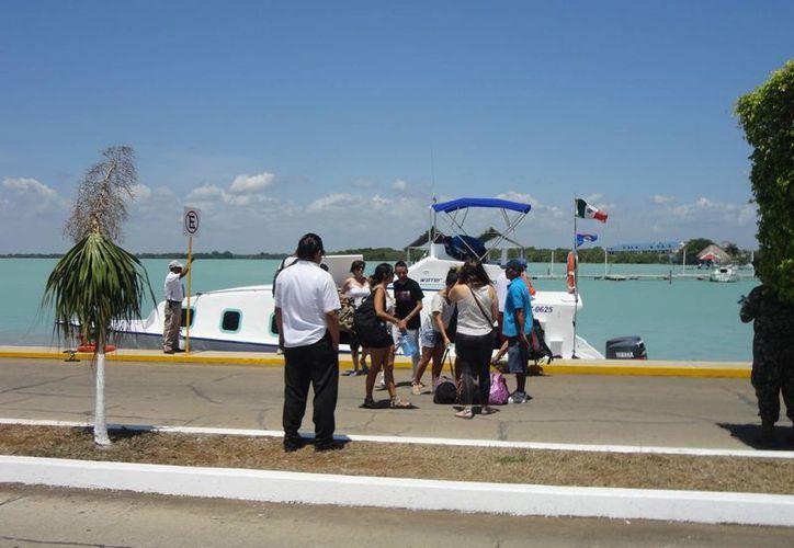 Grabaron bellezas turísticas de Chetumal y Bacalar. (Harold Alcocer/SIPSE)