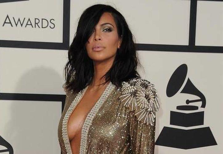 La socialité Kim Kardashian compartió un desnudo suyo en sus redes sociales que rápidamente alcanzaron un millón de 'likes' y más de 170 mil comentarios en Instagram. (Archivo AP)