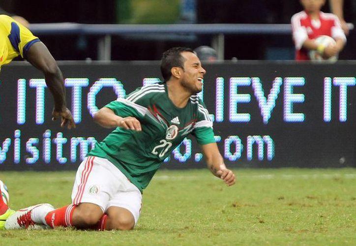 El mexicano Luis Montes se perdió el Mundial instantáneamente, pero se pensaba que la lesión de Segundo Castillo (i) no era tan grave. (Notimex/Foto de archivo)