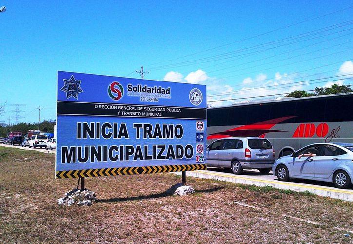 Autoridades exhortan a quienes tienen automóviles o motocicletas a manejar con precaución y prudencia. (Daniel Pacheco/SIPSE)