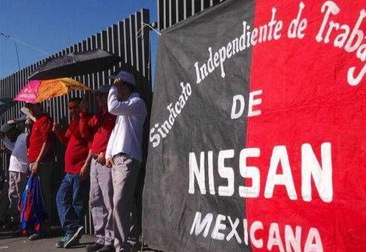 La Secretaría del Trabajo y Previsión Social informó que las partes aceptaron un aumento salarial del 4 por ciento. (Milenio Digital)