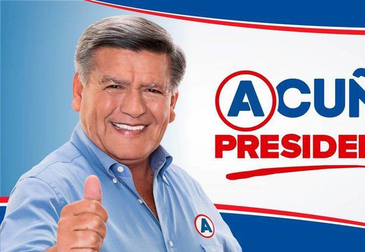 César Acuña asegura que las acusaciones de plagio en su contra son ataques que intentan perjudicar su carrera a la presidencia peruana. (Archivo/Agencias)