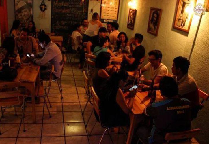 'Silenciar' bares representaría una disminución de los clientes, dice Canacome. (Imagen ilustrativa/SIPSE)
