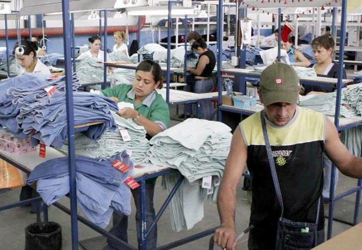 Las maquiladoras en Yucatán se han consolidado en los últimos años como uno de los sectores más importantes en la generación de empleos y en exportaciones. (Milenio Novedades)