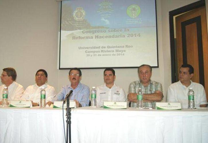 En el evento participaron autoridades federales y estatales. (Twitter/@arturocastro67)