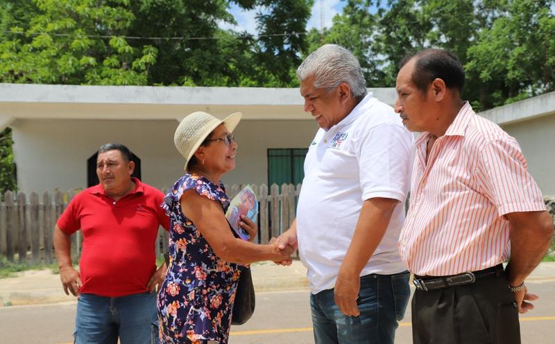 El candidato dijo que realizará las gestiones necesarias para mejorar la calidad de vida de los habitantes de la zona maya. (Redacción/SIPSE)