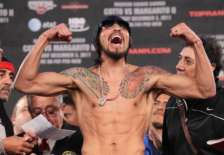 El boxeador se retiro del boxeo en el 2011, después de tener lesiones en los ojos, tras ser derrotado por Miguel Cotto. (Foto tomada de Desdeelring.com)