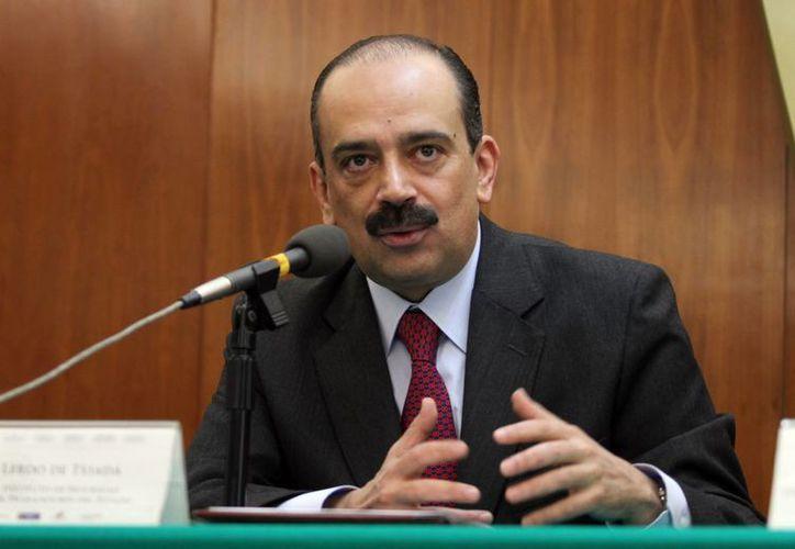 Sebastián Lerdo de Tejada, titular del Issste, dijo que los servicios del instituto se ofrecen a plenitud. (Notimex)