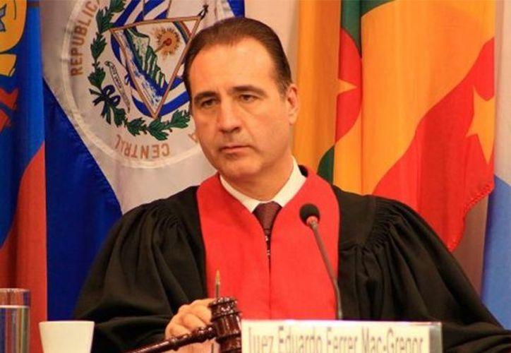 El jurista reconocido internacionalmente es investigador en el Instituto de Investigaciones Jurídicas de la UNAM. (Contexto)
