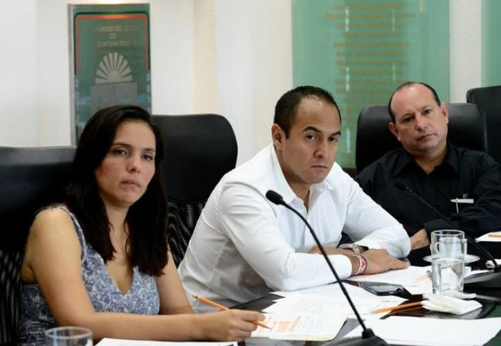 Los integrantes de la Comisión de Justicia turnaron el dictamen a la Mesa Directiva. (Cortesía/SIPSE)