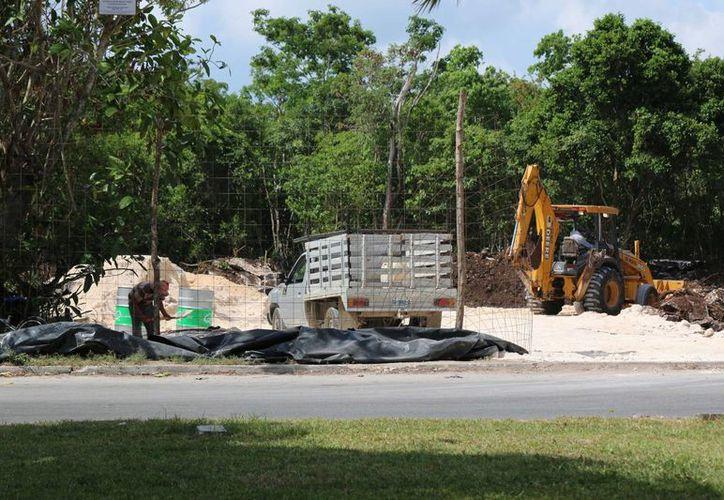 La construcción del Planetario de Cozumel se encuentra en proceso de adquisición de las licencias de construcción y de uso de suelo. (Irving Canul/SIPSE)