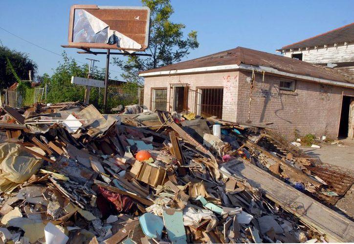 Fotografía de los escombros de unas viviendas en Nueva Orleans, tras el paso del huracán Katrina. (Archivo/EFE)