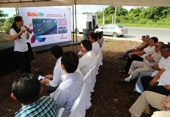 Anuncian la promoción de Puerto Morelos y la ruta de los cenotes. (Israel Leal/SIPSE)