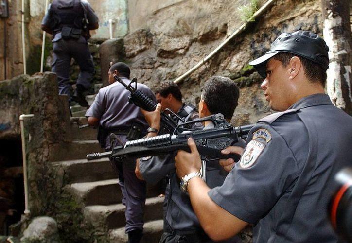 Imagen de miembros de la policía brasileña durante un operativo. (Archivo/EFE)