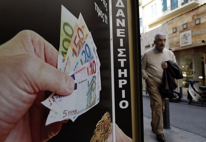 Ministros de 17 países de la Zona Euro se reúnen en Bruselas para llegar a un acuerdo sobre el préstamo de rescate a Grecia, después de varios retrasos. (Agencias)