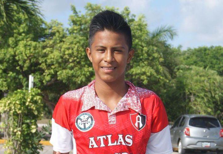 El playense Néstor de la Cruz firmó un precontrato con los Tuzos del Pachuca  (Ángel Mazariego/SIPSE)