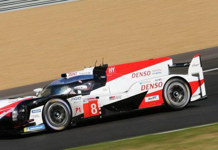 Fernando Alonso tiene previsto llegar a las 500 de Indianápolis tras su triunfo en Le Mans. (Internet)
