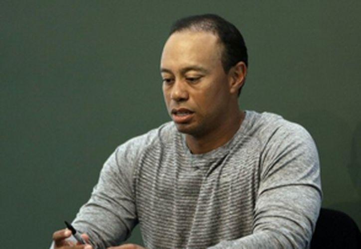 Tiger Woods ya recibía ayuda con el manejo de sus medicamentos para el dolor y el sueño. (Seth Wenig/AP)