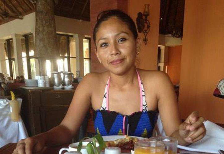 Los restaurantes del centro de la ciudad son los más beneficiados por el festejo de las madres, y esperan desde ya a los comensales. (Luis Ballesteros/SIPSE)