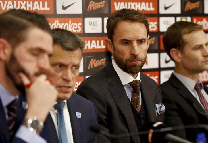 En la misma conferencia en que se anunció que Gareth Southgate seguirá al frente de la Selección Nacional se dieron a conocer avances en los casos de abusos sexuales de futbolistas juveniles en el país. (AP)