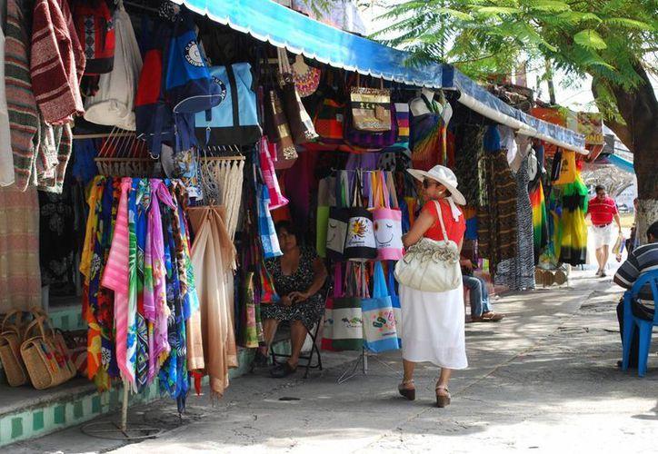La Canaco implementa una estrategia en la red para atraer principalmente al turista nacional. (Tomás Álvarez/SIPSE)